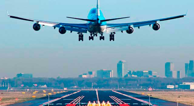 Amsterdam Airport operates Low Cost companies and international flights: Asia, Canada and USA.